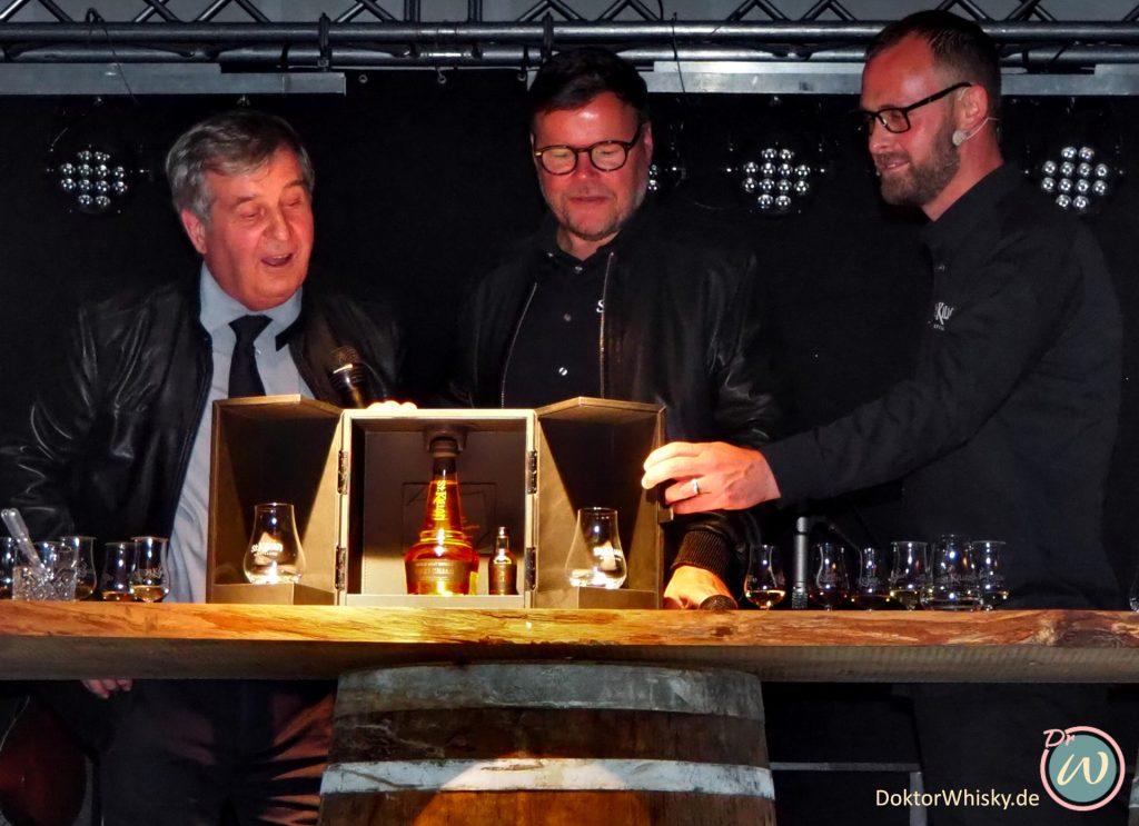 Andreas Thümmler, David Hynes und Mario Rudolf präsentieren die bereits ausverkaufte Sammleredition. St. Kilian Distillers