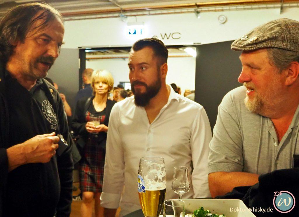 Schnappschuss der Party im Anschluss an die Whisky-Präsentation von St. Kilian in Rüdenau St. Kilian Distillers